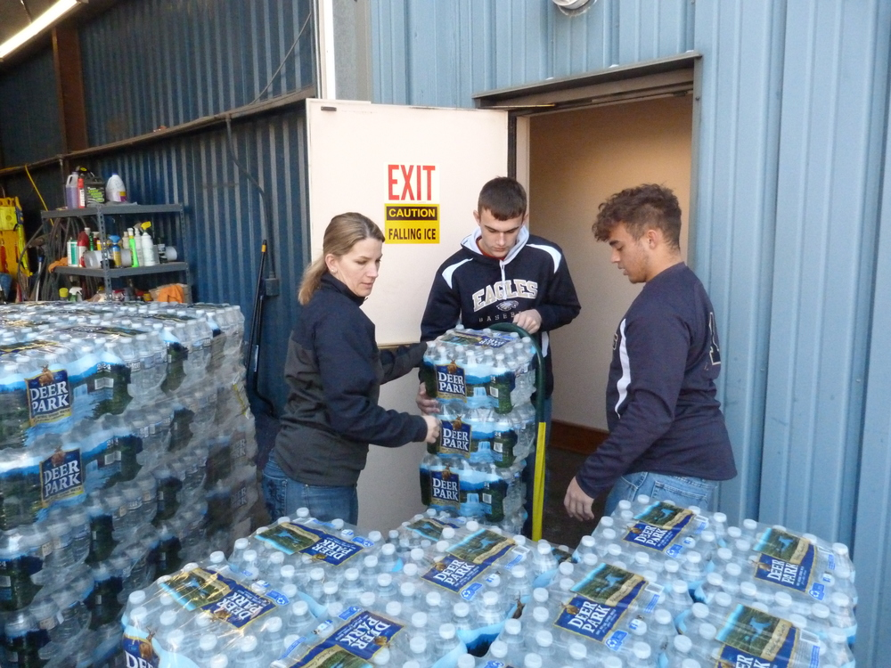 Students, staff help distribute water to Mountaintop Region residents