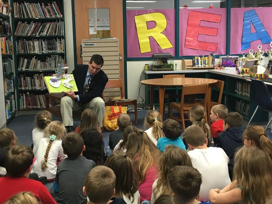 Jay Paterno visits Howard Elementary for Read Across America week