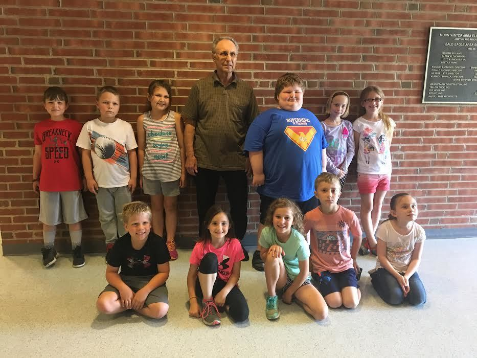 Snow Shoe mayor visits Mountaintop Area Elementary with surprise news